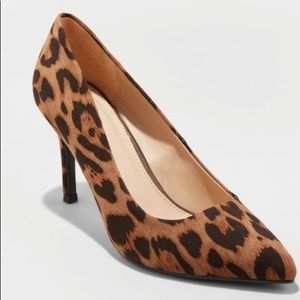 A New Day Gemma pointed toe heeled pump